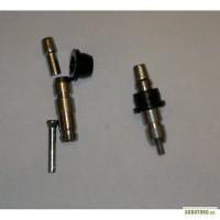 Ниппельные поилки с резиновым уплотнителем.