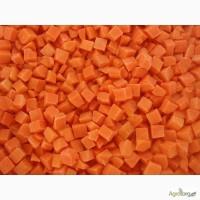 Морковка кубик 10х10мм замороженная в мешках по 25кг, г. Киев
