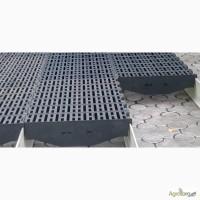 Пластиковые щелевые решетки для полов свинофермы