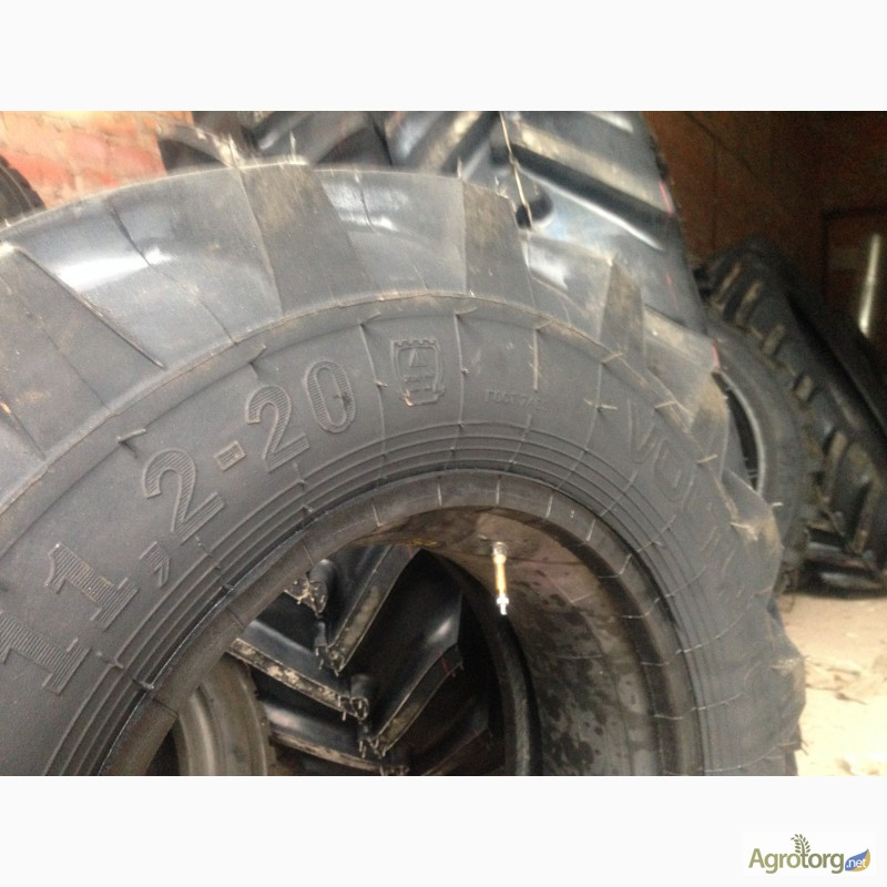 Шины на трактор МТЗ-82 передние размер 11.00х20