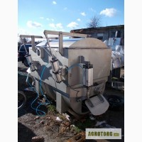Продам фаршемес вакуумный 2000 л., Wolfking SSMV 2000 L