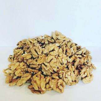 Продам пшеничную бабочку грецкого ореха