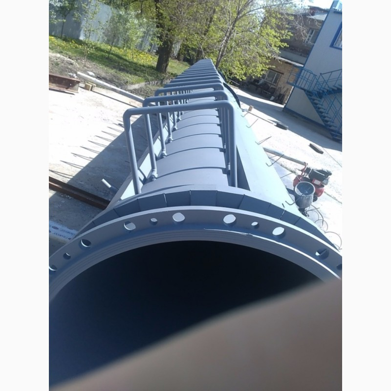 Фото 8. Возведение конструкций металлических дымовых труб