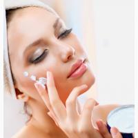 Трутневе молочко заморожене - Краща маска для обличчя Робіть усі процедури вдома