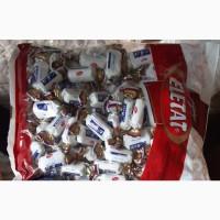 Некондиция: шоколад в кусках, плитки, конфеты, крекеры, кексы. Миндаль некондиция