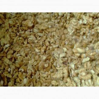 Закупка очищенного грецкого ореха по всей Украине - половинка - Светлая