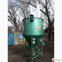 Смеситель кормов (змішувач кормів) «ГНОМ 500 кг»
